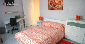 orangeroomcaption1